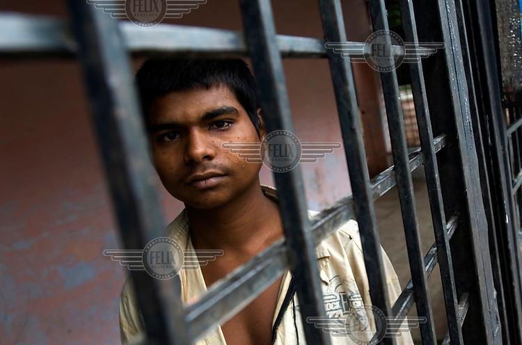 A street kid living in Bhopal train station.