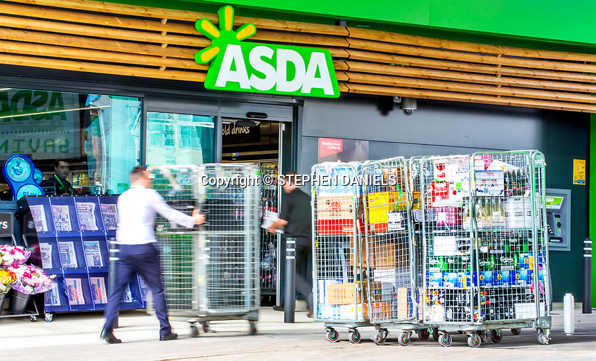 © Stephen Daniels  <br />