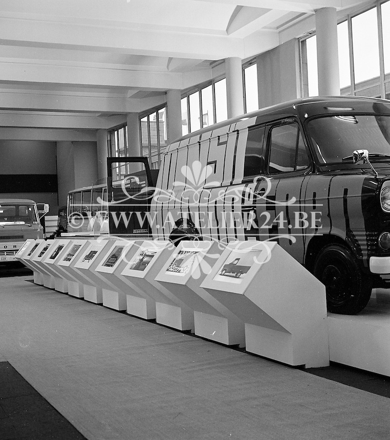 1971. Ford beursstand.