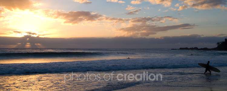Sunrise on Town Beach - Port macquarie. NSW
