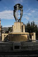 2019. l'Aquila dieci anni dopo il terremoto del 2009 Centro storico Fontana delle 99 cannelle Fontana