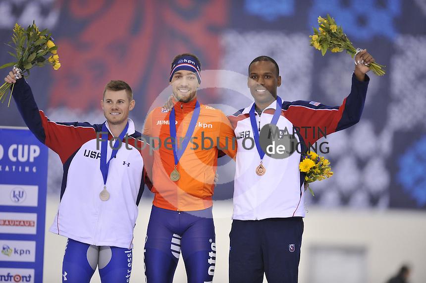 SPEED SKATING: SALT LAKE CITY: 20-11-2015, Utah Olympic Oval, ISU World Cup, Podium 1500m Men, Joey Mantia (USA), winner Kjeld Nuis (NED), Shani Davis (USA), ©foto Martin de Jong