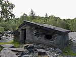 Slate building ruin at Hodge Close Quarry