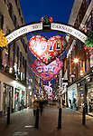 Great Britain, London: Christmas shopping along trendy Carnaby Street
