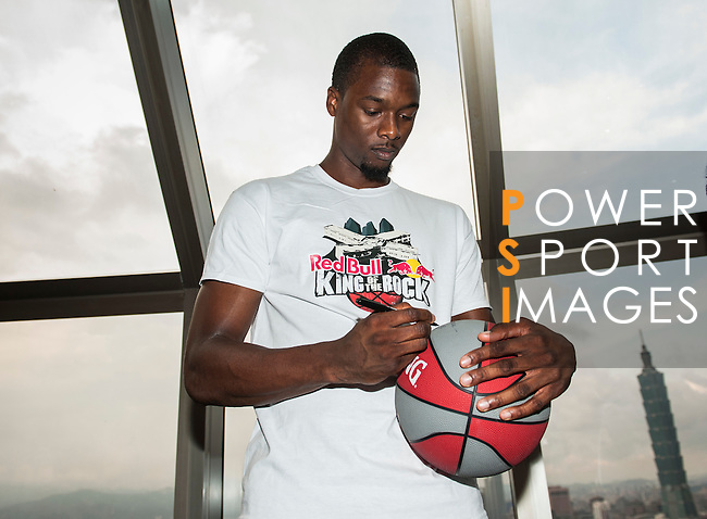 Red Bull athlete and NBA player Harrison Barnes attends a meeting with media ahead the Red Bull King of the Rock World Finals at the Shangri-La Hotel on 4 September 2014, in Taipei, Taiwan. Photo by Xaume Olleros / Power Sport Images