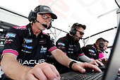 #60: Meyer Shank Racing w/Curb-Agajanian Acura DPi, DPi: Olivier Pla, Dane Cameron, engineers