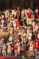 Espagne, Navarre, Pameplune, la corrida dans les arènes durant l'Encierro, célèbre course de taureau en ville, Ernest Hemingway y assista la première fois en 1923 - Chaque peña vient accompagnée de sa txaranga (petit orchestre)  //  Spain, Navarra, Pamplona, bullfight in the bullring during El Encierro, famous bull race in the city, Ernest Hemingway saw one for the first time in 1923