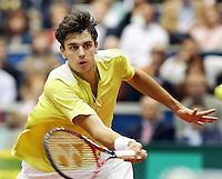 19-02-2006,Rotterdam, ABNAMROWTT , Roger Federer   Mario Ancic in actie tegen Roger Federer