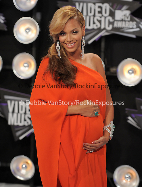 Beyonce Knowles at The 2011 MTV Video Music Awards held at Nokia Theatre L.A. Live in Los Angeles, California on August 28,2011                                                                   Copyright 2011  DVS / Hollywood Press Agency