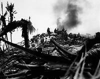 Marines storm Tarawa.  Gilbert Islands.  November 1943. WO Obie Newcomb, Jr. (Marine Corps)<br /> Exact Date Shot Unknown<br /> NARA FILE #:  127-N-63458<br /> WAR & CONFLICT BOOK #:  1179