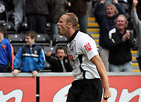Pictured: Lee Trundle of Swansea City celebrates <br />