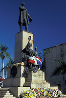AJ2310, Dominican Republic, Caribbean, Santo Domingo, Caribbean Islands, Statue of Juan Pablo Duarte (father of the country) in Santo Domingo the capital city of the Dominican Republic.