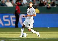 LA Galaxy defender Troy Roberts. LA Galaxy defeated the Colorado Rapids 3-2 at Home Depot Center stadium in Carson, California on Sunday October 12, 2008. Photo by Michael Janosz/isiphotos.com