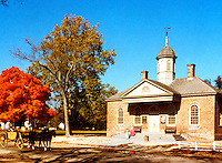 Williamsburg:  Courthouse of 1770.