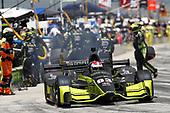 Verizon IndyCar Series<br /> Kohler Grand Prix<br /> Road America, Elkhart Lake, WI USA<br /> Sunday 25 June 2017<br /> Charlie Kimball, Chip Ganassi Racing Teams Honda pit stop<br /> World Copyright: Michael L. Levitt<br /> LAT Images