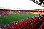 Uefa Champions League, First knock-out round, second leg.<br /> Liverpool v Real Madrid.<br /> Anfield.<br /> 10.03.09<br /> ©Steve Pope<br /> Sportingwales<br /> The Manor <br /> Coldra Woods<br /> Newport<br /> South Wales<br /> NP18 1HQ<br /> 07798 830089<br /> 01633 410450<br /> steve@sportingwales.com<br /> www.fotowales.com<br /> www.sportingwales.com