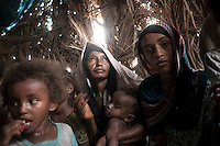 Tuesday 07 July, 2015: A displaced family from the heavy fighting in Haradh bordertown is seen in Al Okashiah, a temporary settlement at the outskirts of Beni Hassan in Hajjah province, Northwest of Yemen. (Photo/Narciso Contreras)