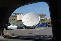 - Camp Ederle US Army base, mobile parabolic antenna  of broadcasting TV station inside the base....- base US Army di caserma Ederle, antenna parabolica mobile della stazione radiotelevisiva all'interno della base