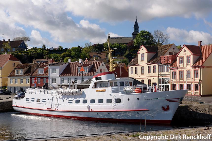 Fähre nach Ertholmene (Erbseninseln), Gudhjem auf der Insel Bornholm, Dänemark, Europa<br /> Ferry to Ertholme, Isle of Bornholm Denmark