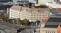 Stadtansichten 2009 - Blick vom Wintergartenhochhaus in Richtung Bahnhof - das Hotel Astoria verkommt immer mehr - einst Schmuckstück am Ring steht es immernoch leer. Luftaufnahme. Foto: Norman Rembarz..Norman Rembarz , ( ASV-Autorennummer 41043728 ), Holbeinstr. 14, 04229 Leipzig, Tel.: 01794887569, Hypovereinsbank: BLZ: 86020086, KN: 357889472, St.Nr.: 231/261/06432 - Jegliche kommerzielle Nutzung ist honorar- und mehrwertsteuerpflichtig! Persönlichkeitsrechte sind zu wahren. Es wird keine Haftung übernommen bei Verletzung von Rechten Dritter. Autoren-Nennung gem. §13 UrhGes. wird verlangt. Weitergabe an Dritte nur nach  vorheriger Absprache..