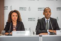 Pressegespraech zur Verleihung des 9. Amnesty Menschenrechtspreises am 16. April 2018 in Berlin.<br /> Amnesty International vergibt den Menschenrechtspreis 2018 an das Nadeem-Zentrum in Kairo als ein Zeichen gegen Folter in Aegypten.<br /> Stellvertretend fuer das Nadeem-Zentrum nahm der aegyptische Arzt und Menschenrechtsaktivist Taher Mukhtar entgegen, da die Betreiber des Zentrums nicht aus Aegypten ausreisen duerfen.<br /> Im Bild vlnr.: Najia Bounaim, Stellvertretende Nordafrika-Direktorin fuer Kampagnen im Internationalen Sekretariat von Amnesty International und Markus N. Beeko, Generalsekretaer von Amnesty International in Deutschland.<br /> 16.4.2018, Berlin<br /> Copyright: Christian-Ditsch.de<br /> [Inhaltsveraendernde Manipulation des Fotos nur nach ausdruecklicher Genehmigung des Fotografen. Vereinbarungen ueber Abtretung von Persoenlichkeitsrechten/Model Release der abgebildeten Person/Personen liegen nicht vor. NO MODEL RELEASE! Nur fuer Redaktionelle Zwecke. Don't publish without copyright Christian-Ditsch.de, Veroeffentlichung nur mit Fotografennennung, sowie gegen Honorar, MwSt. und Beleg. Konto: I N G - D i B a, IBAN DE58500105175400192269, BIC INGDDEFFXXX, Kontakt: post@christian-ditsch.de<br /> Bei der Bearbeitung der Dateiinformationen darf die Urheberkennzeichnung in den EXIF- und  IPTC-Daten nicht entfernt werden, diese sind in digitalen Medien nach §95c UrhG rechtlich geschuetzt. Der Urhebervermerk wird gemaess §13 UrhG verlangt.]