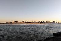 IMBE, RS, 17/08/2020 - CLIMA - TEMPO - Vista do  final de tarde no rio Tramandaí, a partir da barra de Imbé, litoral norte, após um dia de clima seco em todo o estado gaúcho, nesta segunda-feira (17).