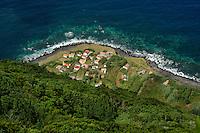 Blick auf Faja do Joao Dias auf der Insel Sao Jorge, Azoren, Portugal