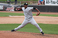 Kane County Cougars pitcher Luis Ramirez (17) delivers a pitch during a Midwest League game against the Wisconsin Timber Rattlers on May 16th, 2015 at Fox Cities Stadium in Appleton, Wisconsin.  Kane County defeated Wisconsin 4-2.  (Brad Krause/Four Seam Images)