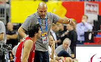 Serbia's national basketball team head coach Aleksandar Djordjevic gives instructions to Milos Teodosic during  European championship group B basketball match between Turkey and Serbia on 09. September 2015 in Berlin, Germany  (credit image & photo: Pedja Milosavljevic / STARSPORT)