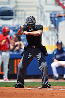 Umpire Justin Robinson during a game between the Palm Beach Cardinals and Charlotte Stone Crabs on April 10, 2016 at Charlotte Sports Park in Port Charlotte, Florida.  Palm Beach defeated Charlotte 4-1.  (Mike Janes/Four Seam Images)