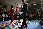 St. Louis, Missouri.USA.September 10, 2004..Democratic Presidential hopeful Senator John Kerry addresses a town hall meeting at the Affton Community Center.