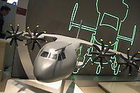 - model of the new European military cargo aircraft Airbus 400M....- modello del nuovo aereo da trasporto militare europeo Airbus  400M