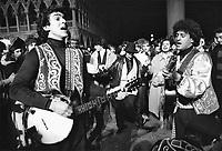 - Carnevale di Venezia (febbraio 1980), suonatori del carnevale storico di Bagolino (Brescia)<br /> <br /> Carnival of Venice (February 1980), musicians of historical carnival of Bagolino (Brescia)