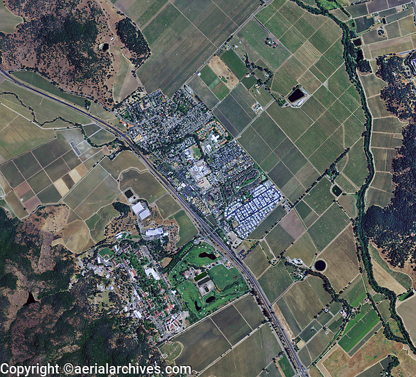 aerial photo map of Yountville, Napa Valley, California