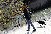 Ragazza con cane.Girl and dog....