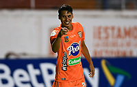 ENVIGADO - COLOMBIA, 31–03-2021: Edison Lopez de Envigado F. C. celebra el gol anotado a Patriotas Boyaca F. C. durante partido entre Envigado F. C. y Patriotas Boyaca F. C. de la fecha 16 por la Liga BetPlay DIMAYOR I 2021, en el estadio Polideportivo Sur de la ciudad de Envigado. / Edison Lopez of Envigado F. C. celebrates a scored goal to Patriotas Boyaca F. C. during a match between Envigado F. C. and Patriotas Boyaca F. C. of the 16th date for the BetPlay DIMAYOR I 2021 League at the Polideportivo Sur stadium in Envigado city. Photo: VizzorImage / Luis Benavides / Cont.