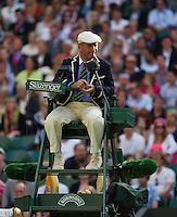 29-06-13, England, London,  AELTC, Wimbledon, Tennis, Wimbledon 2013, Day six, Umpire<br /> <br /> <br /> <br /> Photo: Henk Koster