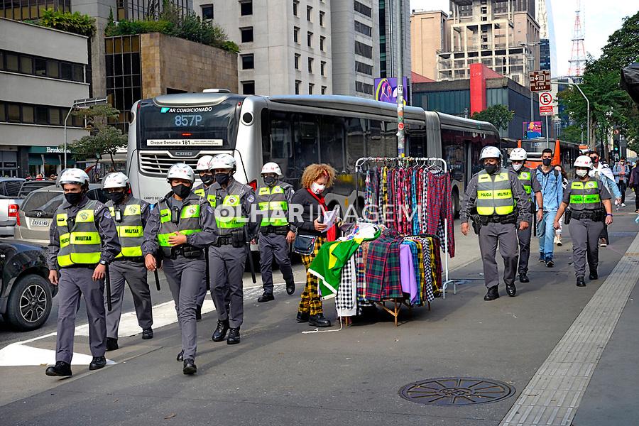 Preparacão de manifestação Fora Bolsonaro. Policia Militar na Avenida Paulista. São Paulo. 20.06.2021. Foto Juca Martins