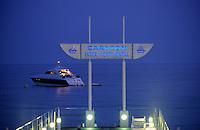 France/06/Alpes-Maritimes/Cannes: Plage de l'hotel Carlton intercontinental sur la croisette