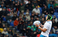 Rugby, Torneo Sei Nazioni: Italia vs Francia. Roma, stadio Olimpico, 15 marzo 2015.<br /> Italy's Francesco Minto grabs the ball during the Six Nations championship rugby match between Italy and France at Rome's Olympic stadium, 15 March 2015.<br /> UPDATE IMAGES PRESS/Riccardo De Luca