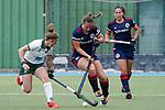 v.li.: Maike Schaunig (Mülheim, 3), Isabella Schmidt (MHC, 31), Lucina von der Heyde (MHC, 2), Zweikampf, Spielszene, Duell, duel, tackle, tackling, Dynamik, Action, Aktion, 01.05.2021, Mannheim  (Deutschland), Hockey, Deutsche Meisterschaft, Viertelfinale, Damen, Mannheimer HC - HTC Uhlenhorst Mülheim <br /> <br /> Foto © PIX-Sportfotos *** Foto ist honorarpflichtig! *** Auf Anfrage in hoeherer Qualitaet/Aufloesung. Belegexemplar erbeten. Veroeffentlichung ausschliesslich fuer journalistisch-publizistische Zwecke. For editorial use only.