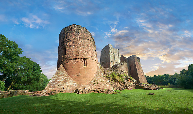 The 12th century medieval Norman ruins of Goodrich Castle fortifications, Goodrich, Herefordshire, England