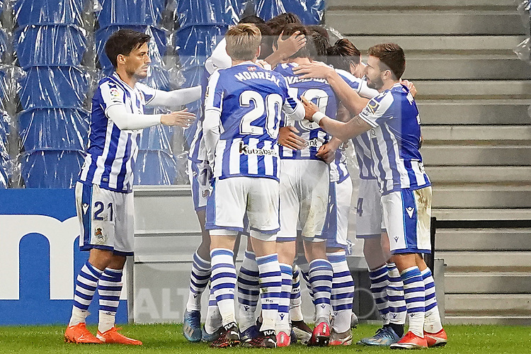 Real Sociedad's players celebrate goal during La Liga match. October 3, 2020. (ALTERPHOTOS/Acero)