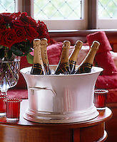 Champagne and red roses for the perfect celebration!