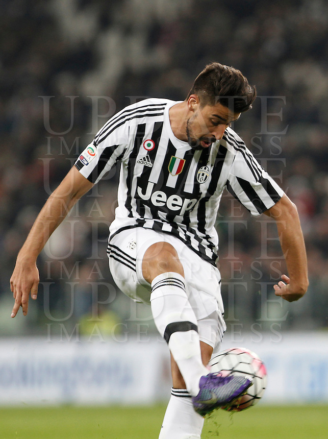 Calcio, Serie A: Juventus vs Sassuolo. Torino, Juventus Stadium, 11 marzo 2016. <br /> Juventus' Sami Khedira in action during the Italian Serie A football match between Juventus vs Sassuolo, at Turin's Juventus Stadium, 11 March 2016.<br /> UPDATE IMAGES PRESS/Isabella Bonotto