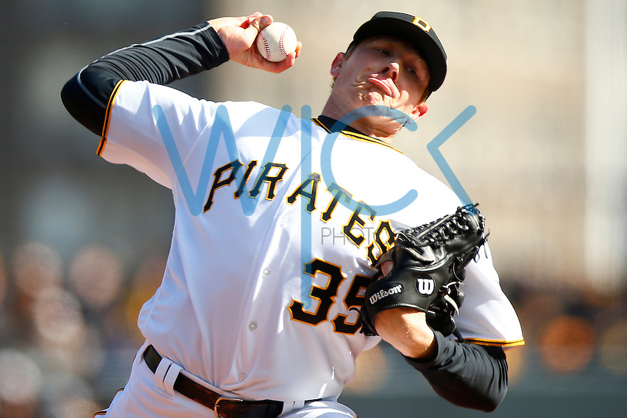 Mark Melancon #35 of the Pittsburgh Pirates pitches in the 9th inning against the St. Louis Cardinals during the Opening Day game at PNC Park in Pittsburgh, Pennsylvania on April 3, 2016. (Photo by Jared Wickerham / DKPS)