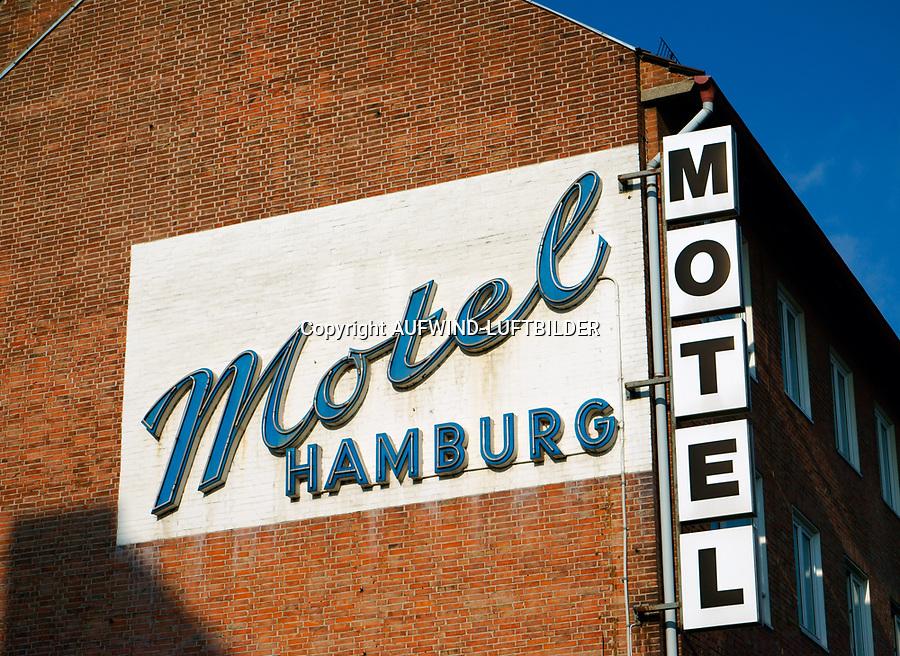 Motel Hamburg Aufschrift: EUROPA, DEUTSCHLAND, HAMBURG, (EUROPE, GERMANY), 20.02.2014: Motel Hamburg Aufschrift