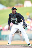 May 15, 2010: Jonathan Joseph of the Kane County Cougars at Elfstrom Stadium in Geneva, IL. The Cougars are the Midwest League Class A affiliate of the Oakland Athletics. Photo by: Chris Proctor/Four Seam Images