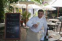 """Europe/France/Provence-Alpes-Cote d'Azur/84/ Vaucluse/L'Isle sur la Sorgue: Daniel Hebet chef du restaurant """"Le Jardin des Quais"""""""