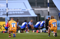 31st August 2020; Recreation Ground, Bath, Somerset, England; English Premiership Rugby, Bath versus Wasps; players of both teams kneel before kick off in tribute to BLM